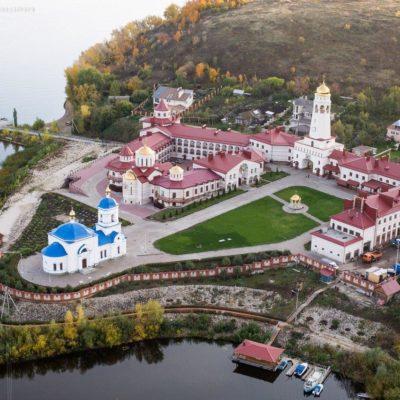 Теплоходная экскурсия в Винновку