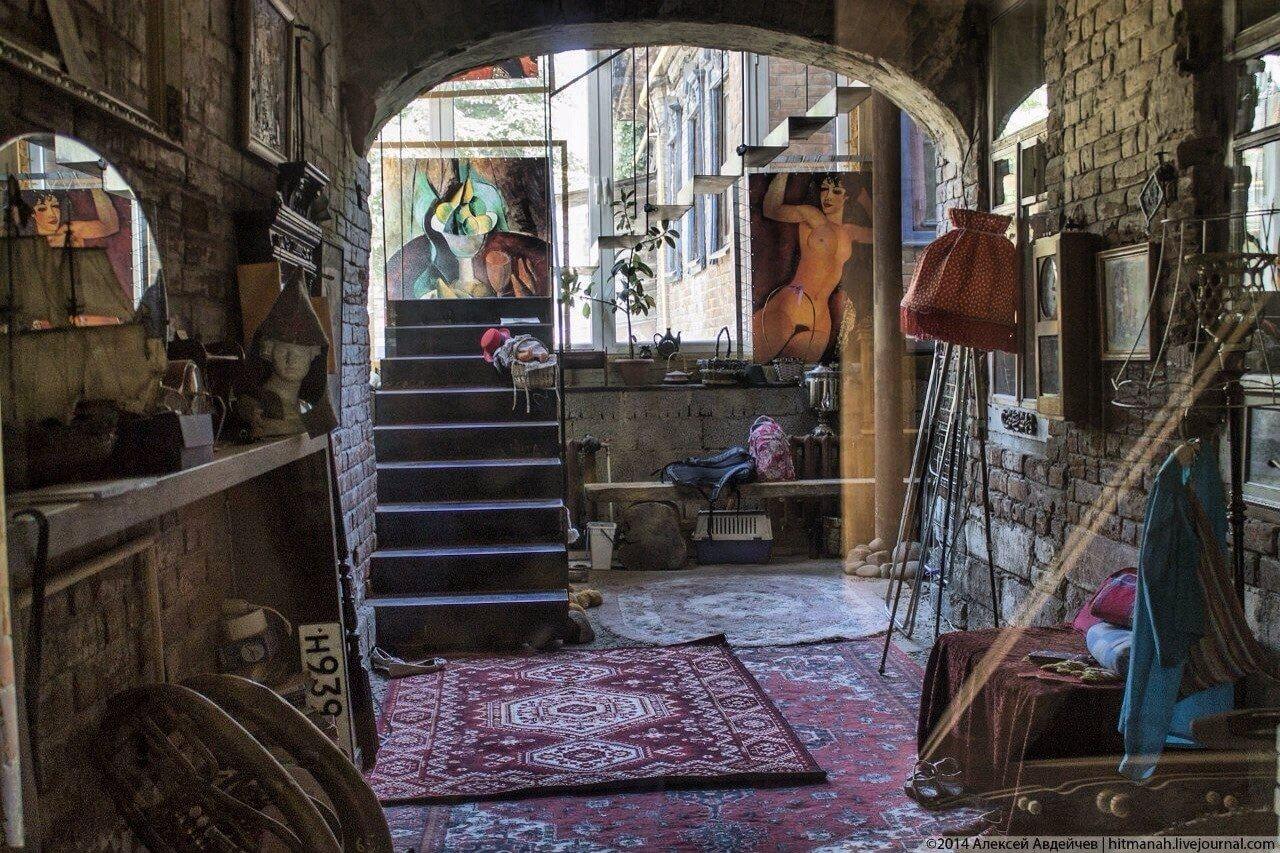 «Контрасты старого города»